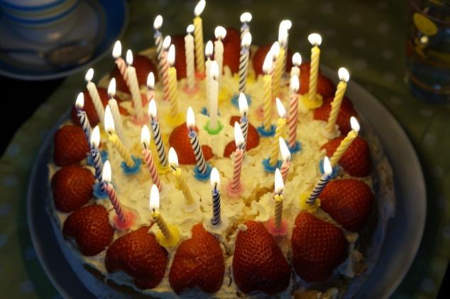 birthday-cake-757103_960_720